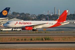 Avianca_Airlines_(TACA)_A320_(12554809704)