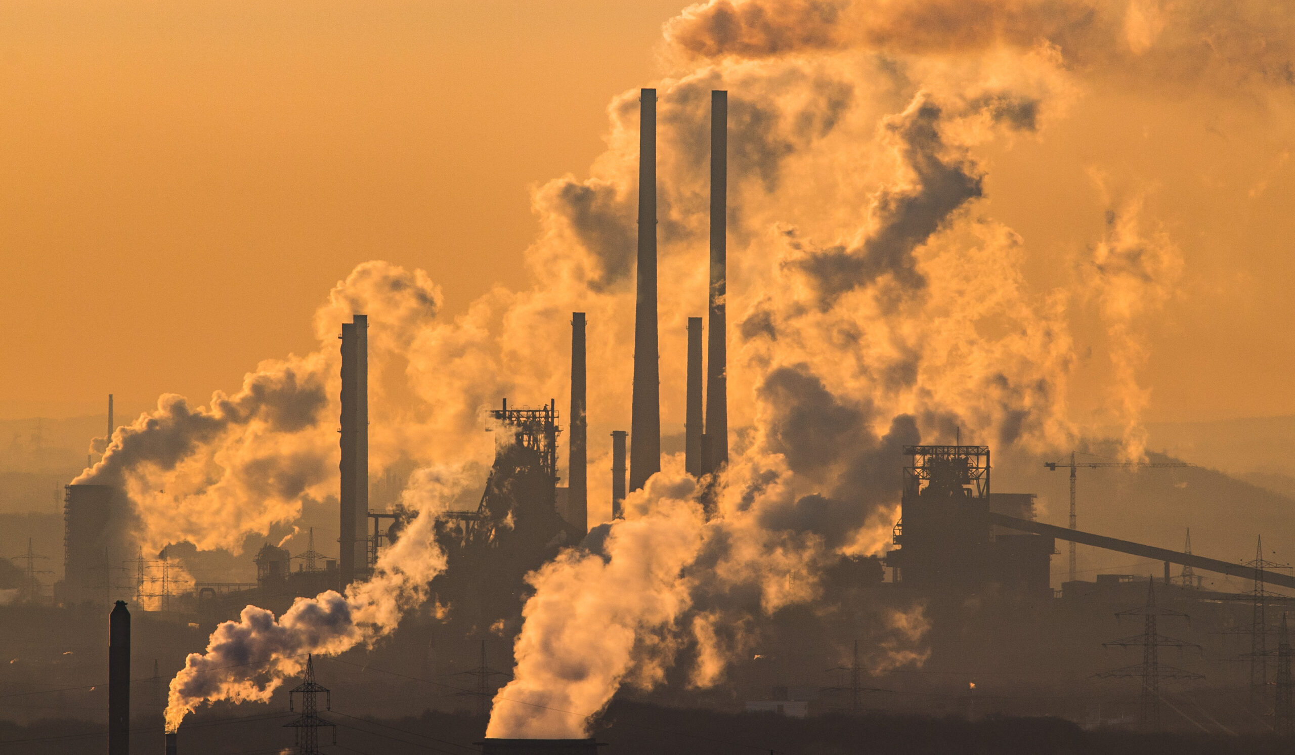 Global Carbon Dioxide Output Drops 17% Due to Coronavirus Measures, Study Reveals