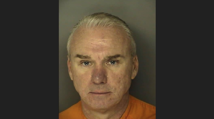 Bobby Paul Edwards should pay double original restitution, says court.
