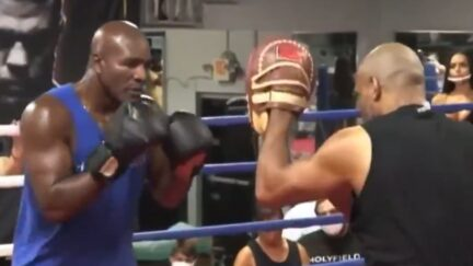 Evander Holyfield looks old in his sparring session