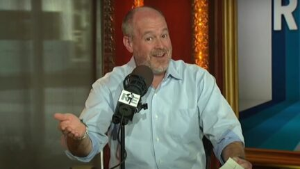Rich Eisen rips Kyrie Irving for his vaccine stance